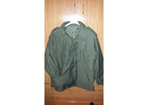 Stock abbigliamento mimetico da caccia-pesca-funghi