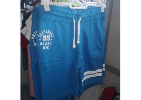 Stock abbigliamento bimbo/a